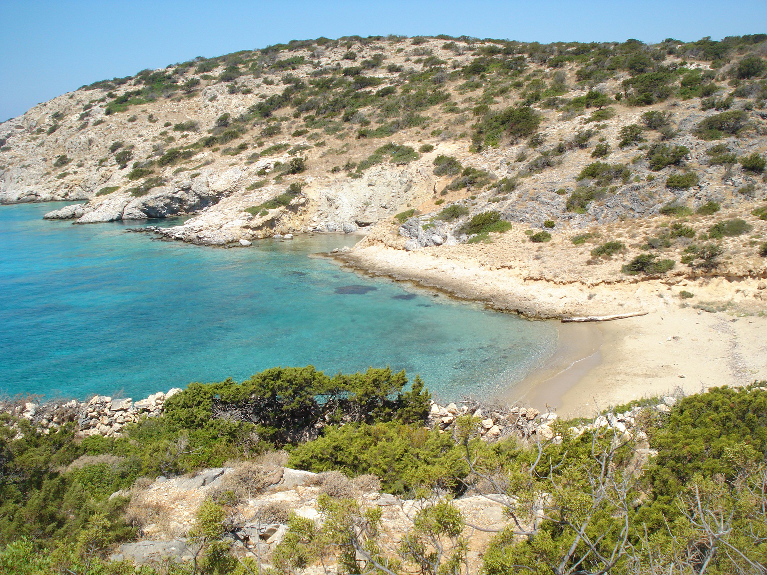 The Gerolimnionas Beach of Schinoussa